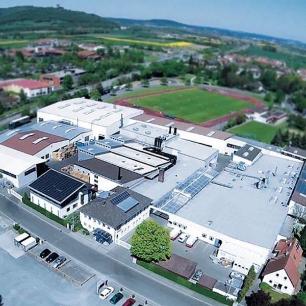 Industrie Areal mit mehreren Gebäuden